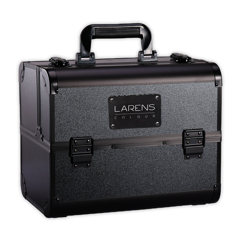 Larens Colour train case